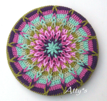 Atty's Mandala can be found at http://atty-s.blogspot.nl/2014/06/blog-post.htm