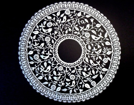 Circle Papercuts-by-Suzy-Taylor__880