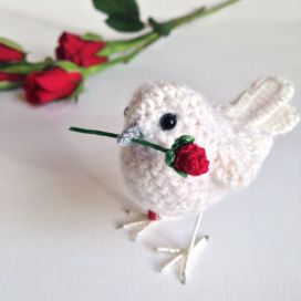 bird-with-rose