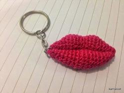 lips-keychain